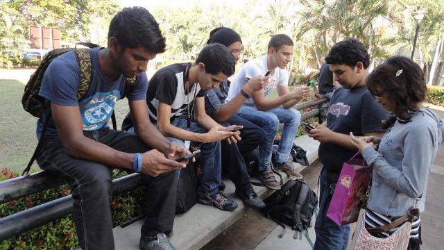 la revolución venezolana le ha dado grandes y significativos apoyos a la educación