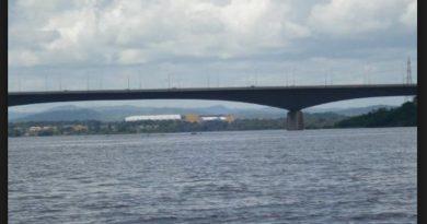 Desde este puente se lanzaron los que asaltaron