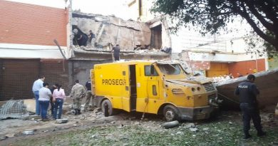 50 hombres roban principal centro del comercio en Paraguay