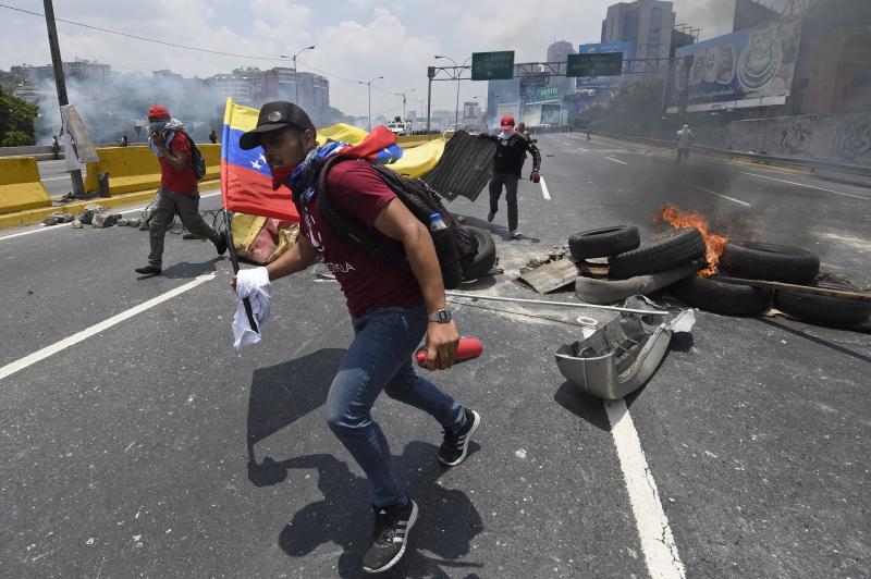 Luisa Ortega Díaz repudió hechos de violencia que han causado la muerte de 26 personas en los últimos días en el país.
