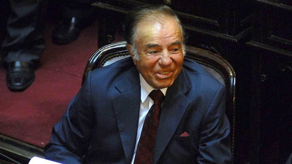 El octogenario Menen aún aspira a cargos políticos