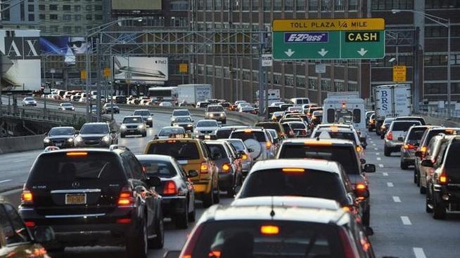 Accidente de tránsito dejó un fallecido y 22 heridos en Nueva York