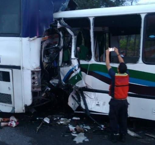 Accidente de tránsito tiñó de rojo carretera de Puerto Ordaz