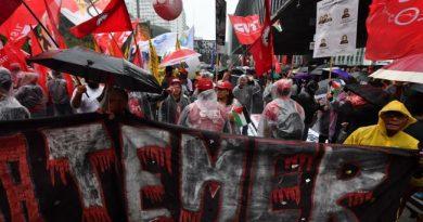 Brasileños piden la renuncia de Michel Temer