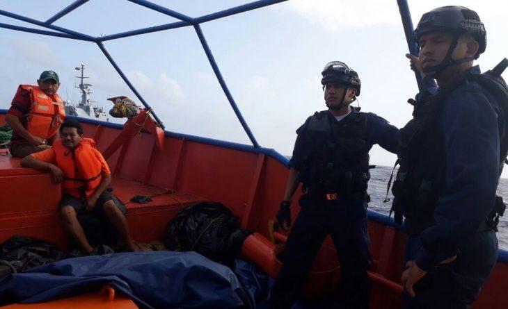 Venezolanos que pasaron siete días a la deriva en aguas del Caribe fueron rescatados