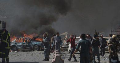 En Afganistán atentado con carro bomba dejó 30 muertos