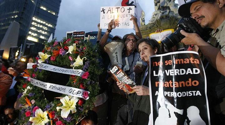 Periodistas mexicanos unen fuerzas en defensa de su gremio