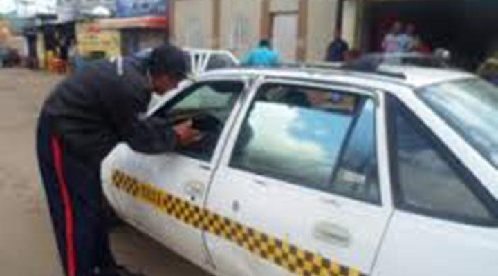 Joven pierde la vida al intentar robarse un carro
