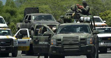 Comando armado atacó convoy en el que viajaban funcionarios de la PGR