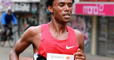 El etíope Feyisa Lilesa participará en la Media Maratón de Bogotá