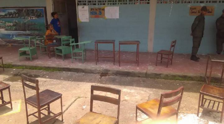 Atacados con granadas, dos centros de votación en Valle de La Pascua