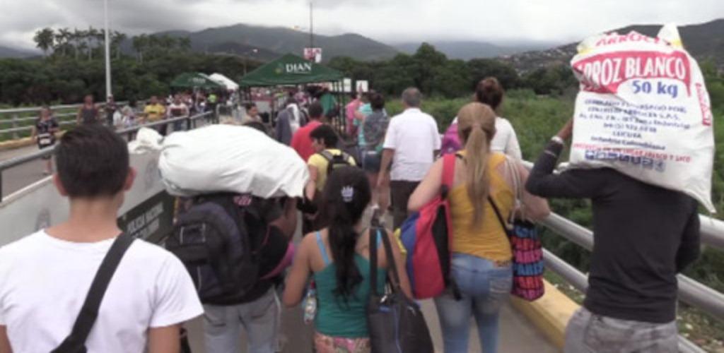 La estampida de venezolanos este lunes pasado hacia Colombia se dio tras el anuncio que hiciera La Mesa de La Unidad Democrática (MUD) de huelga en Venezuela