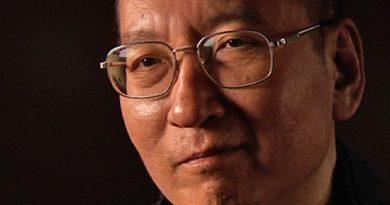 Muere Liu Xiaobo, premio Nobel de la Paz