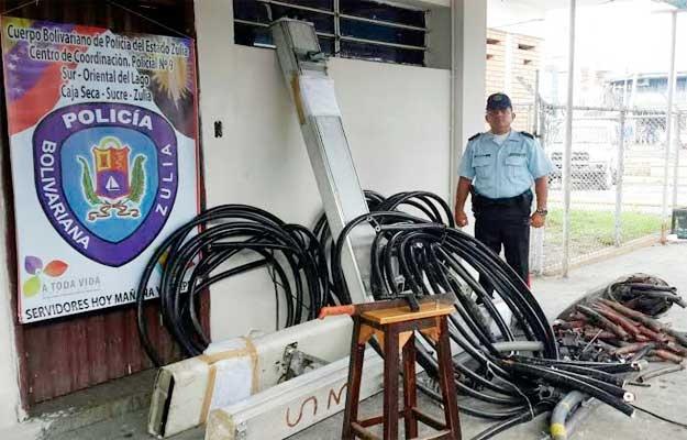 lograron aprehender a ocho sujetos por hurtar cables de fibra óptica de Cantv en el Zulia