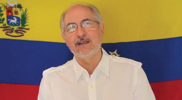 Antonio Ledezma regresó a su casa a cumplir arresto domiciliario