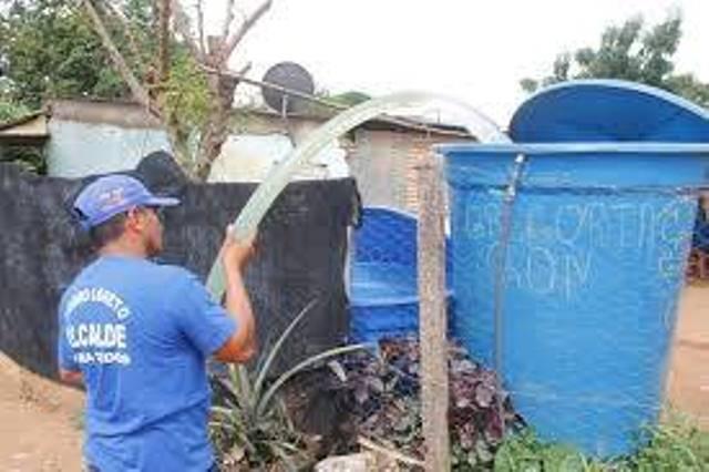 """En la población se conoce de sectores y urbanizaciones que """"históricamente"""" jamás han contado con el servicio de agua potable"""