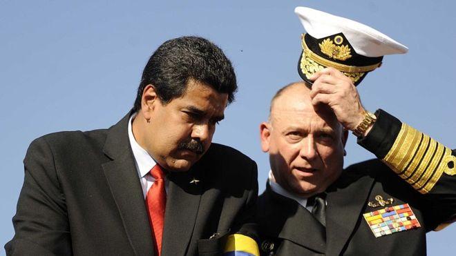 El almirante y exministro de Defensa, Diego Alfredo Molero Bellavia,  fue informado de la decisión tomada por parte del Ministerio de Relaciones Exteriores peruano, mediante un comunicado;