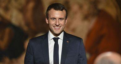 En sus primeros cien días de gobierno, Emmanuel Macron, ha consumido 26.000 euros en maquillaje