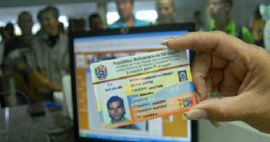 Seguirá vigente un año después de vencerse, la licencia. En Venezuela
