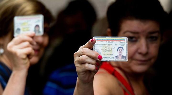 En esta feria electoral democrática se prevé que participen 18 millones 94 mil 65 votantes, quienes escogerán los gobernadores de los 23 estados del país.