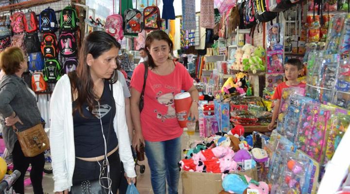 Paraguay el atractivo de conseguir tecnología, cosméticos y calzado hasta un 60% mas baratos