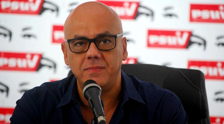 Lanzan de un edificio a mujer cercana al alcalde de Caracas, Jorge Rodríguez