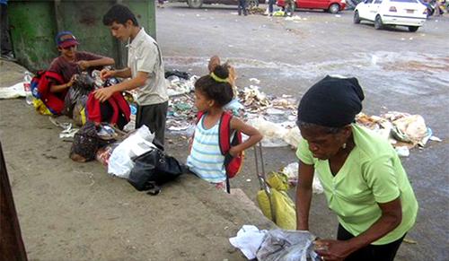 63 % de las familias adquiere los alimentos a revendedores debido a la escasez