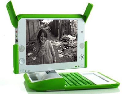 """Ceibalita"""", como se conoce a las computadoras portátiles que el Estado uruguayo le entrega a todos los estudiantes, como parte del Plan Ceibal."""