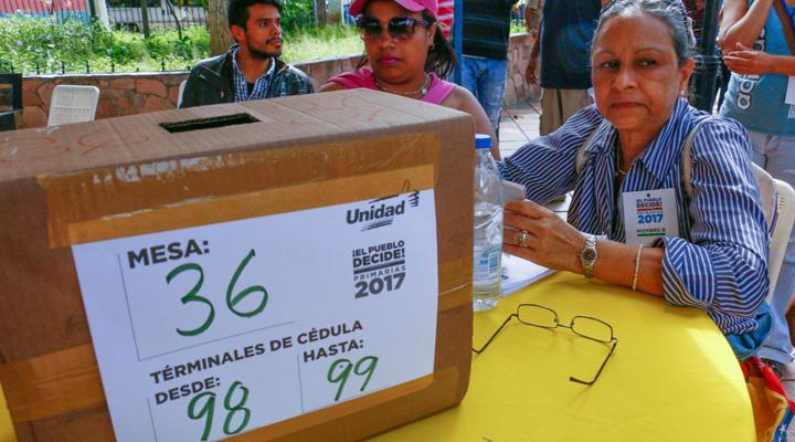 Cinco gobernaciones obtuvo la oposición venezolana en las elecciones regionales 2017