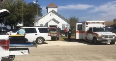 Tragedia en iglesia baptista de Texas, 27 heridos y numerosos heridos