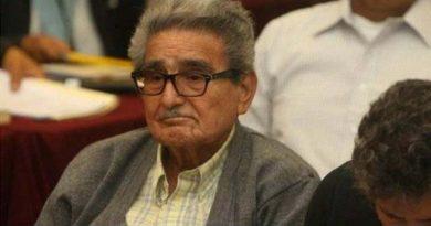 Abogado de Abimael Guzmán, pide libertad para su defendido