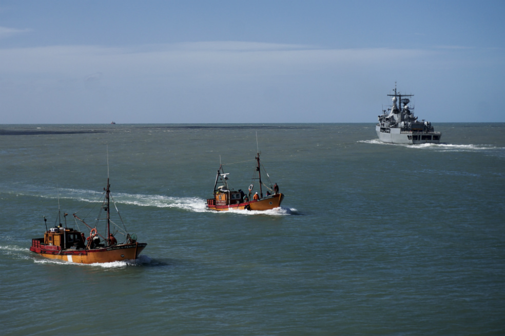 La Armada argentina dio por terminadas las tareas de rescate de los 44 tripulantes