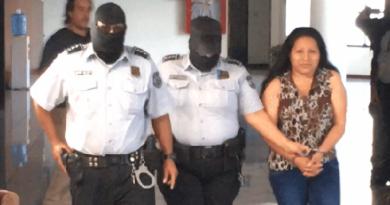 Tribunal salvadoreño ratifica condena de 30 años a mujer que presentó aborto involuntario