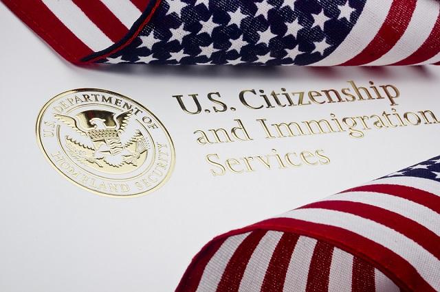 Le otorgaran la ciudadanía estadounidense a 1,8 millones de soñadores, a cambio de aporte para zona fronteriza
