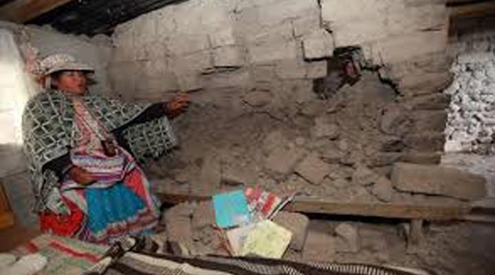 Un sismo de 7.3 azota al sur de Perú