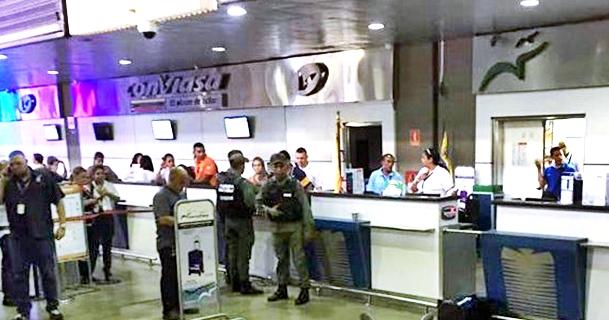 Era difícil bajarse de un avión y trasladarse a Caracas