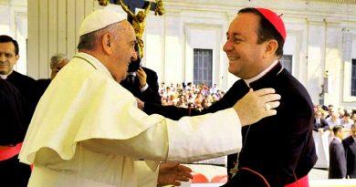 Escándalos del catolicismo estremece al Vaticano