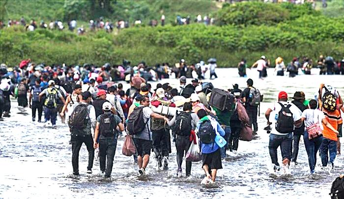 Estados Unidos revisa el estatus de los emigrantes