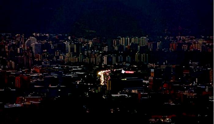 Se paralizó sin electricidad más de la mitad del país