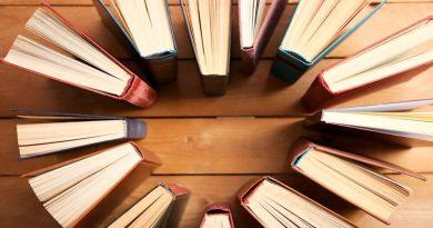 Escritoras y autores de libros romance, fantasía o terror